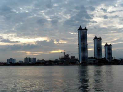 Chao Phraya at twilight