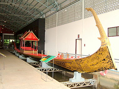 royal-barge-museum-ekachai.jpg