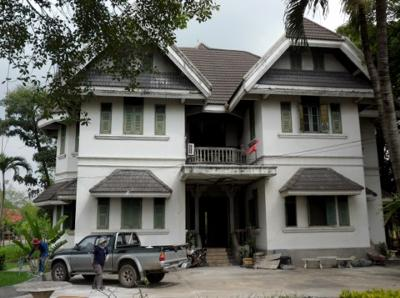 Picture 2 - The house rebuilt at the Buddhist College in Ayutthaya.